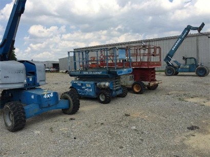 Sentry Steel Inc maintains an extensive fleet of Construction equipment for is fabrication and Erection services.